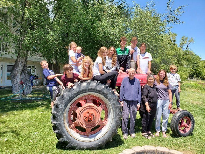 Dean Grandkids on Tractor2