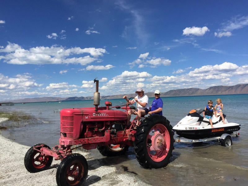 Dean Tractor